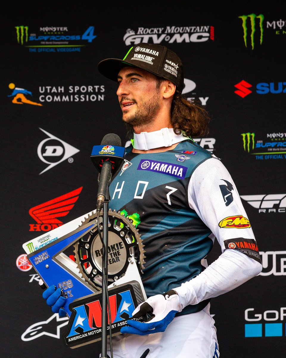 Congratulations to your 450SX & 250SX Rookies of the Year, Dylan Ferrandis and @sethhammaker! 🏆  #SupercrossLIVE #MonsterEnergy https://t.co/kfASSuUb4h