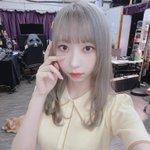 Image for the Tweet beginning: 私が毎日毎日かわいくて困ってます😔 わんちゃんとツーショット🐶 #りんかスタイル