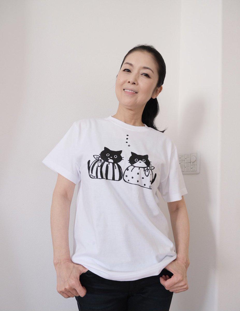 フォロワー222,222人を記念してマルオレチャリティー企画をスタートします  「お弁当箱の刑」がTシャツになったよ キッズサイズはベビーマルオレだよ  収益は全て動物愛護団体に寄付致します  マルオレ 「みなさんよろしくおねがいします」  ▽お買い求めはこちら maruore-store.com