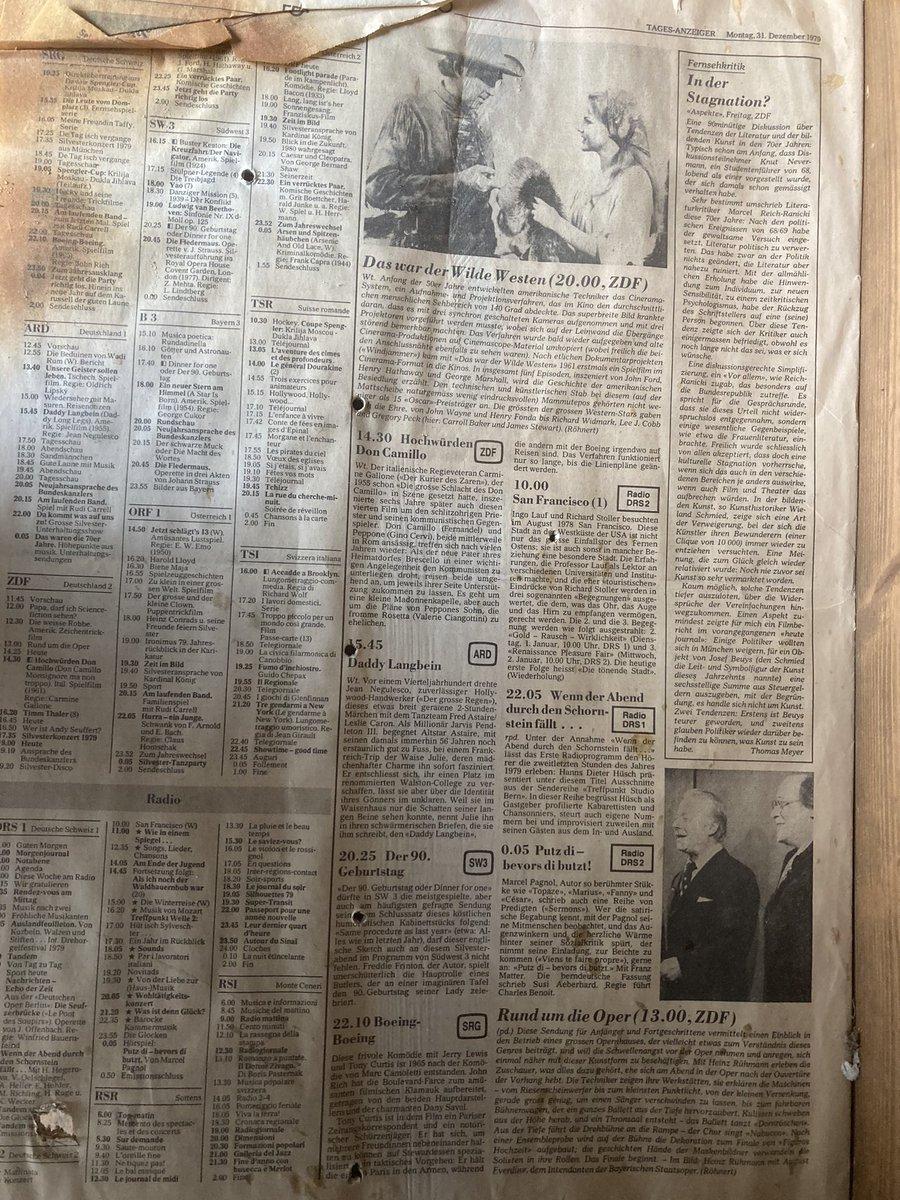 #renovierung #umbau das Fernsehprogramm vom 31.12.1979 wurde verwendet um den Boden ausrichten 😂 https://t.co/vPSTCsxnQa