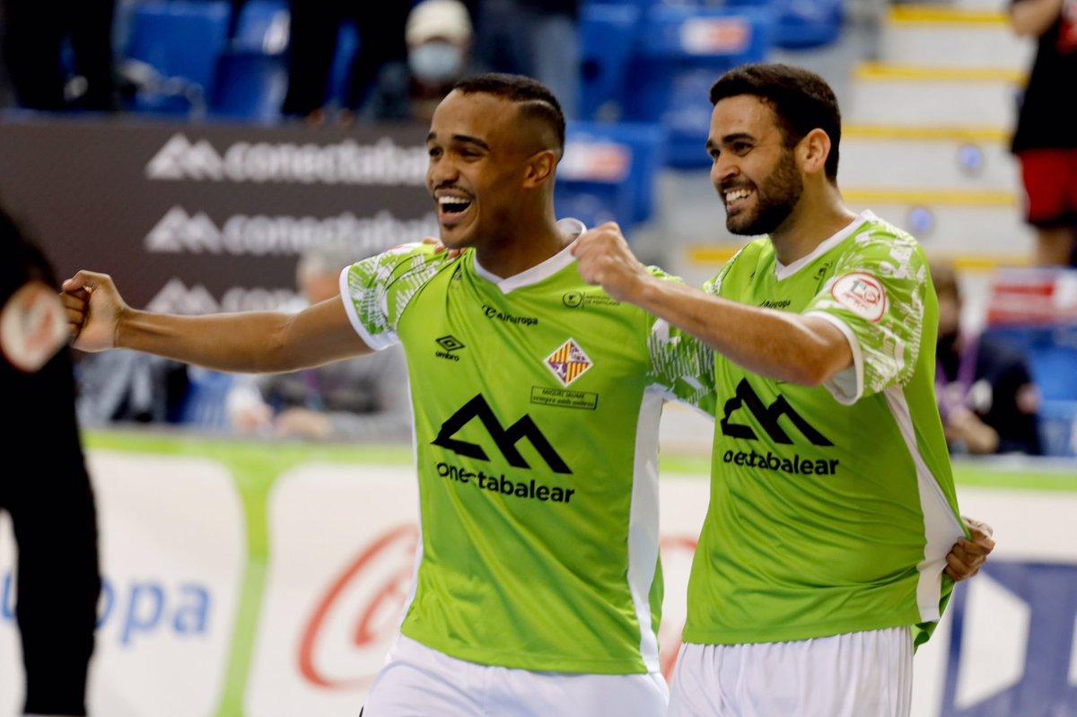 Palma Futsal gana al Levante y vuelve a liderar la tabla