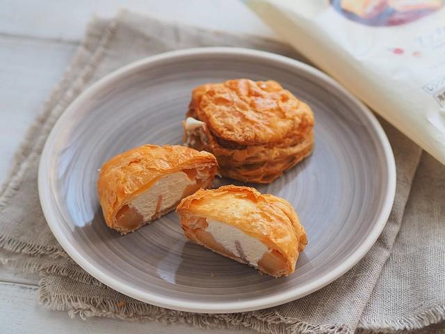ローソンに解凍いらずの冷凍アップルパイが登場!?温めの手間がなく、すぐに食べられて美味しいと注目されています!