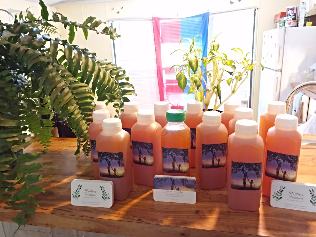On Monday May 3rd, 2021 from 12noon to 5 p.m , I'll be out in Thonotosassa, FL vending 16oz bottles of Pink/Red Grapefruit juice for a $3.00 Donation! Get you some CITRUS LOVE🙌🏾💚💛💚💛💚🌱🌻🌞DM, text or e-mail me for Domicile/Location.