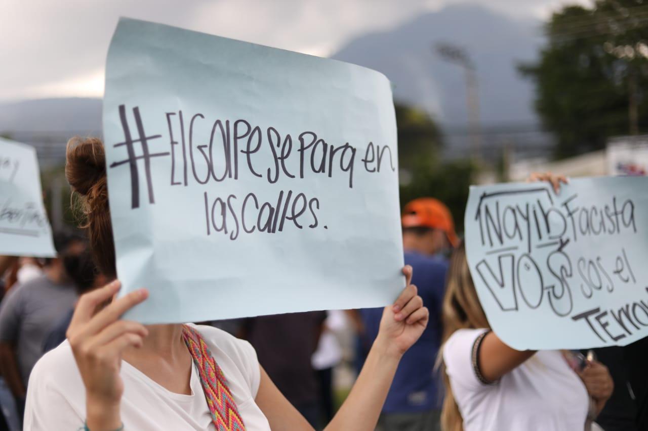"""Organizaciones sociales y civiles, tras destitución de magistrados reconocen """"solo hay una Sala Constitucional"""""""