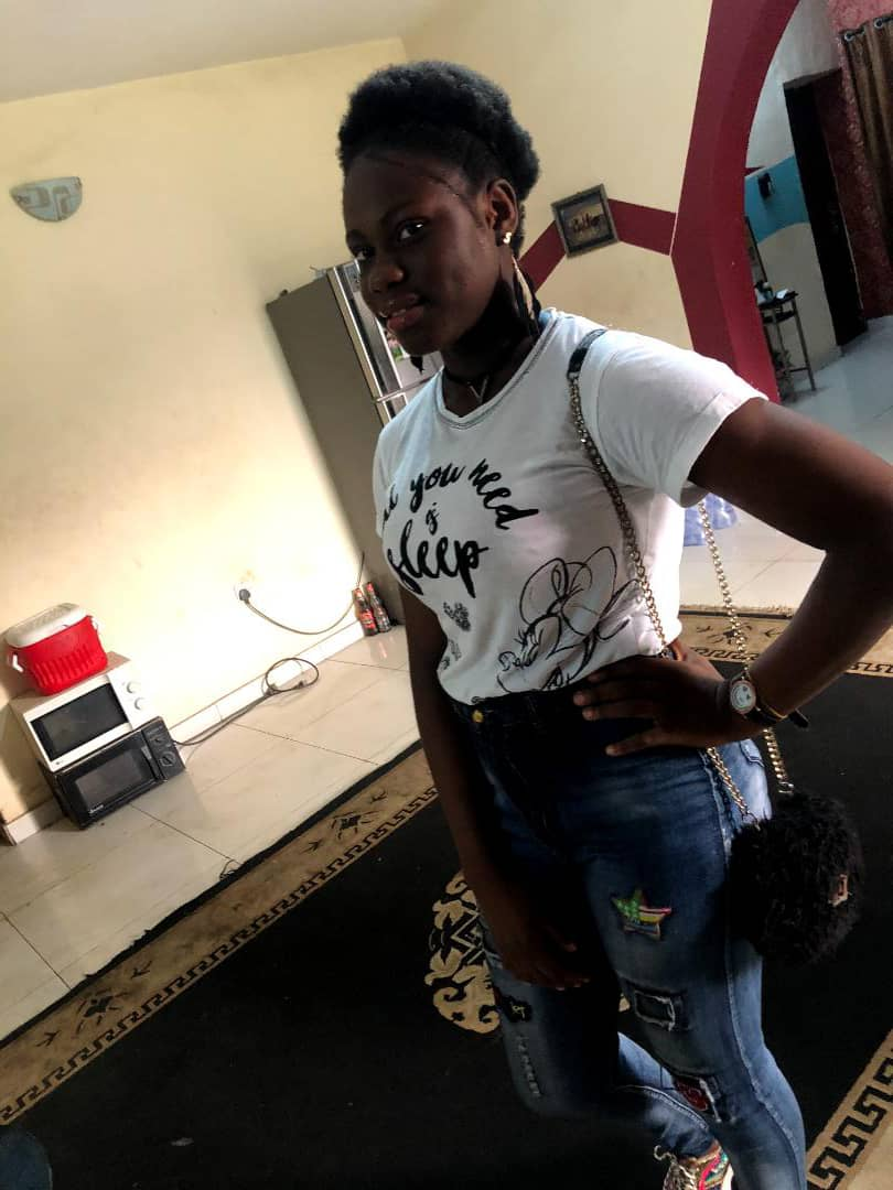 Missing Girl Alert!  15 year old Miss Somto Okafor has been missing for about 10 days now. If seen, or know her whereabout report to the nearest Police station. Please God reunite Somto with her family.  Don't ignore. It take less than 2 seconds to Retweet 🙏 https://t.co/ny2uw5CnRw