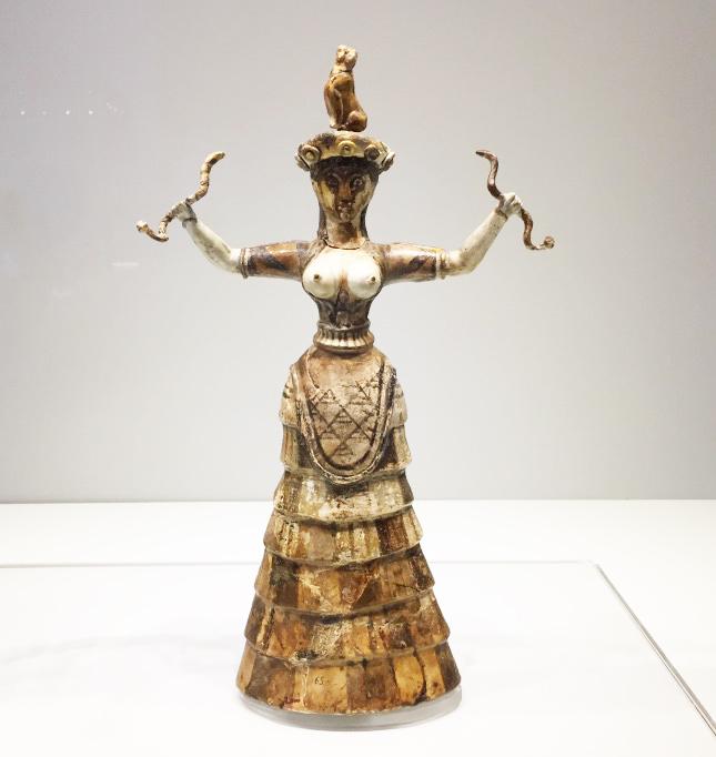 考古学講座( )でミノア文明の話をするので、ミノア時代の服が必要だな……作る...