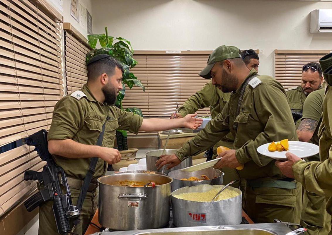 {اللهم لك صمت وعلى رزقك أفطرت}رمضان في جيش الدفاع.هذه هي إسرائيل  وهذا هو معنى التعايش