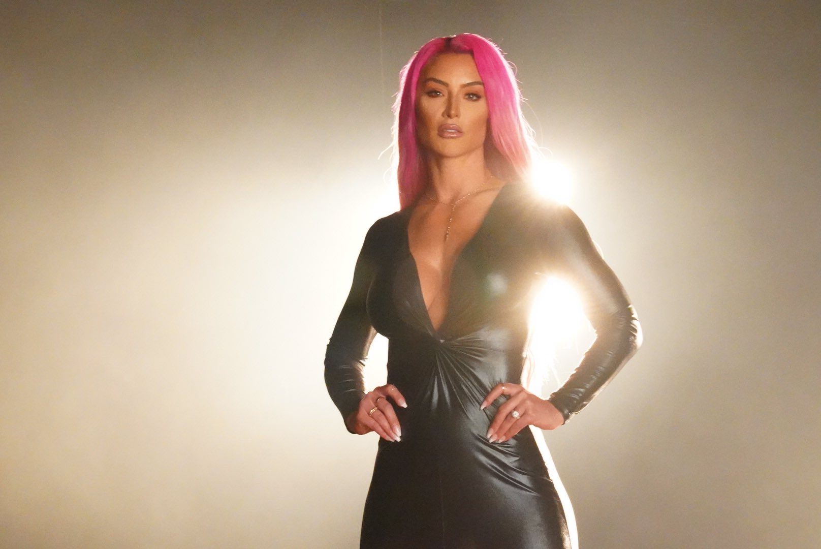 Eva Marie Announces Her Return On WWE Raw; Shares Stunning Photos 2