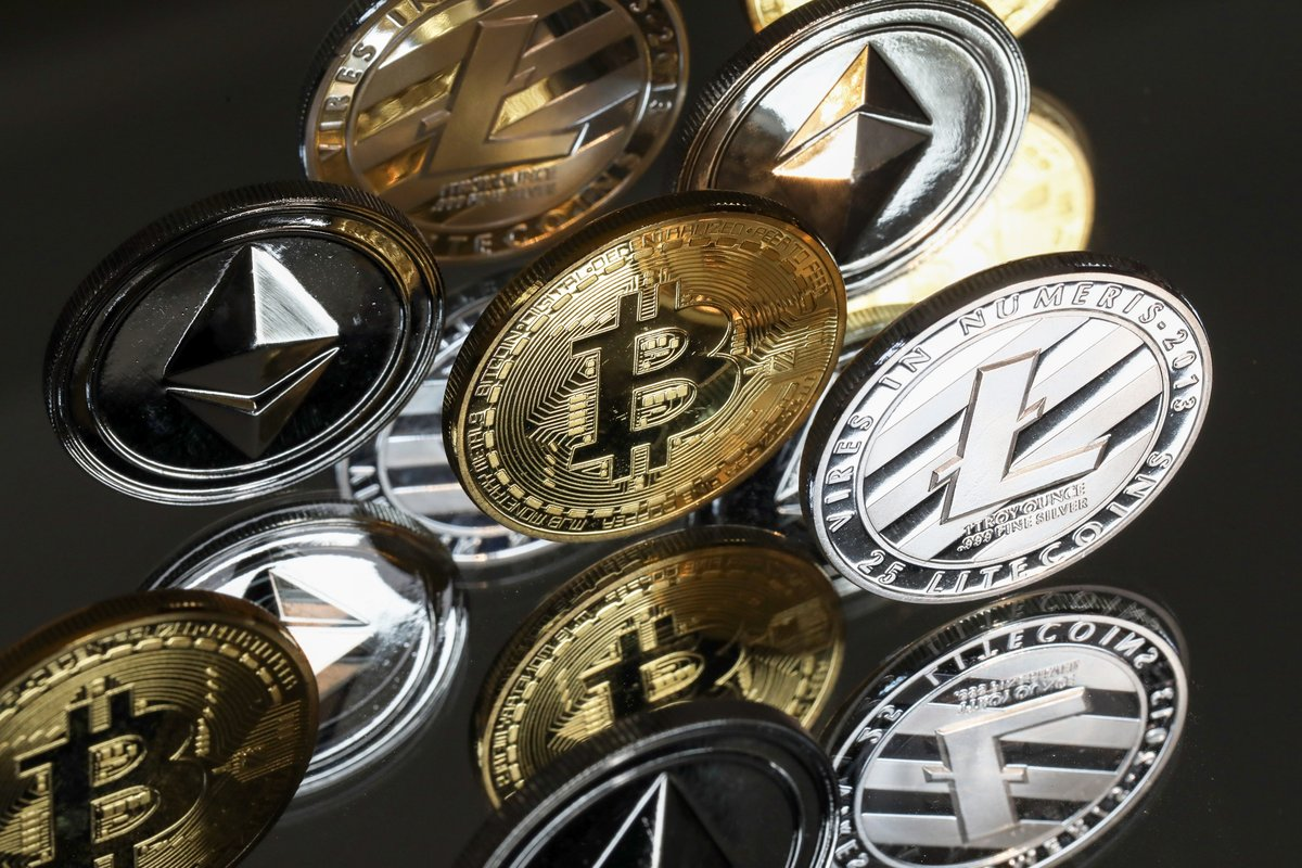 @crypto: #Bitcoin's domination of total #cryptocurrency market value is declining as its next-biggest rival #Ether crosses the $3,000 milestone  on @crypto:  $BTC $ETH $BNB