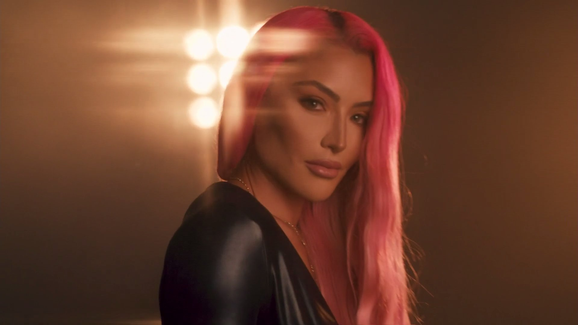 Eva Marie Announces Her Return On WWE Raw; Shares Stunning Photos 5