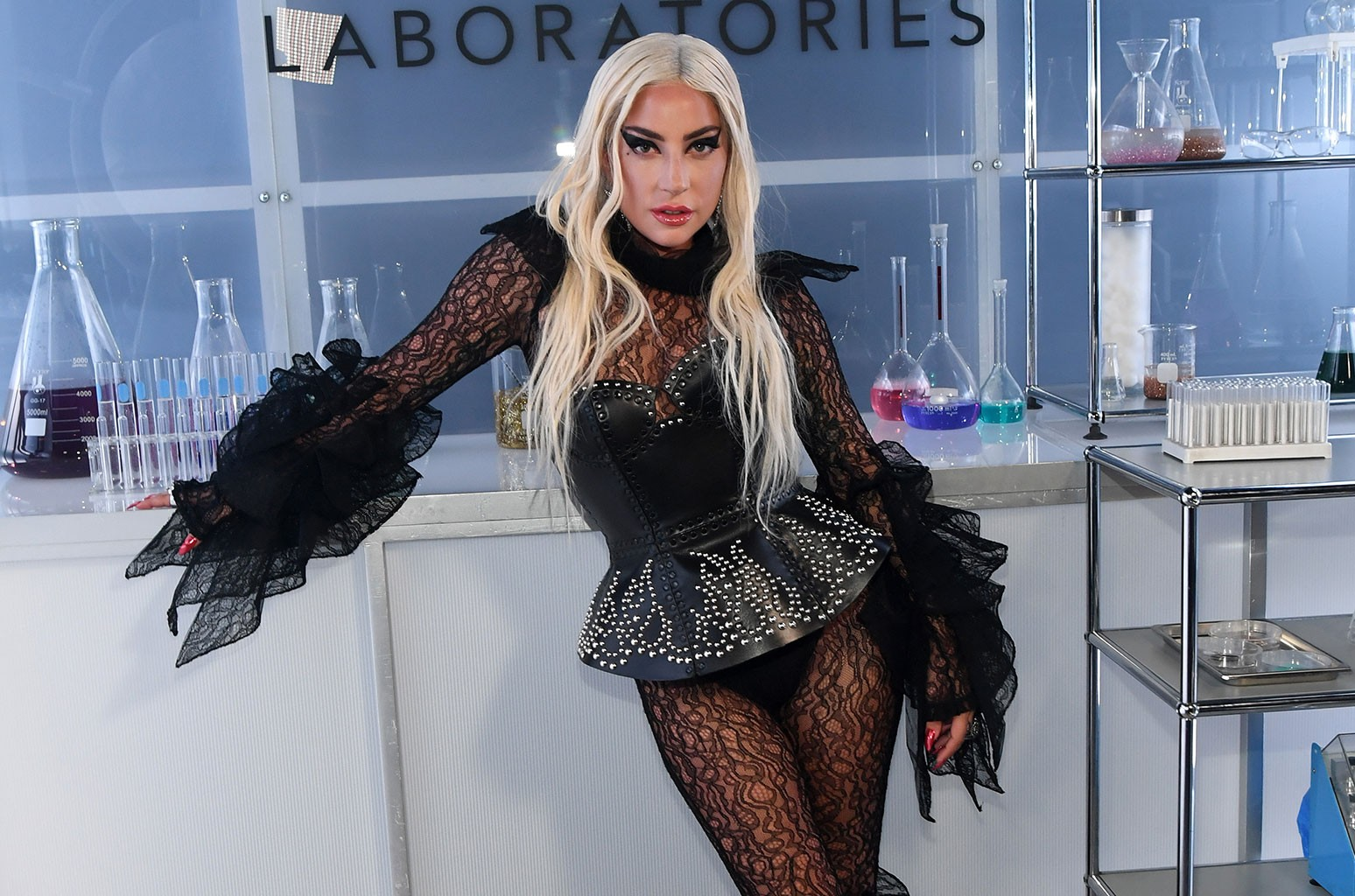 Lady Gagas dog walker was tailed by suspects, prosecutors say Photo
