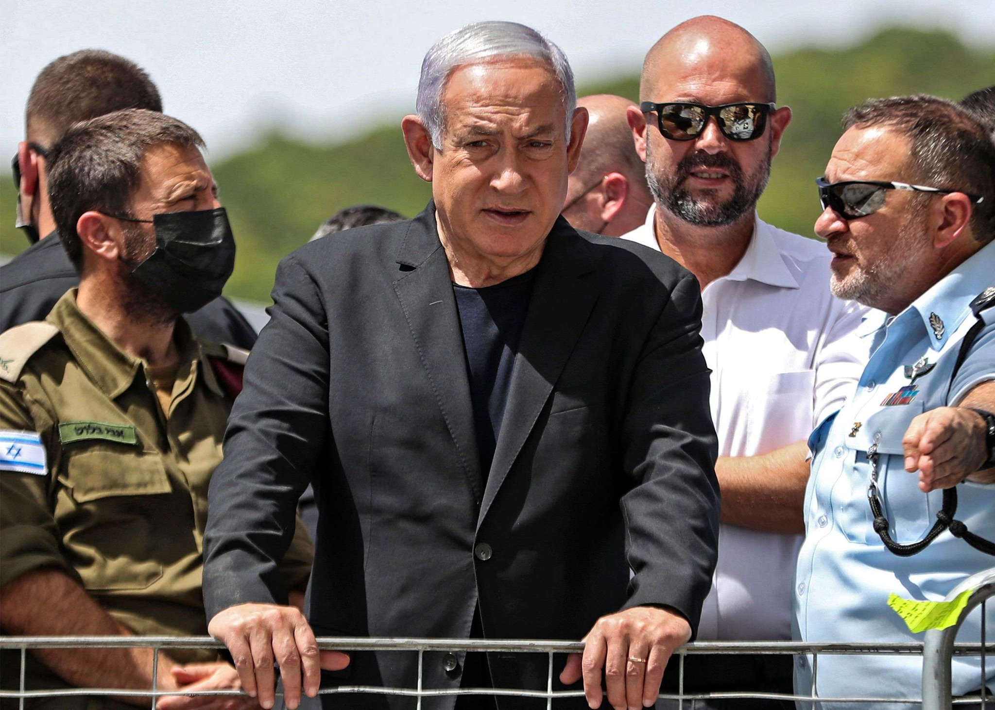 Israels Netanyahu faces midnight deadline to form government Photo