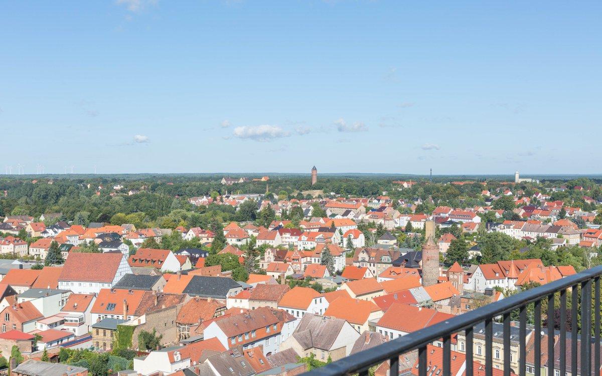 Über den Dächern von Jüterbog. 📸 Einen Tipp für eine Tour gibt es hier 👉 https://t.co/SYnXrDmczD #nachbrandenburg https://t.co/utCV2Jmba4