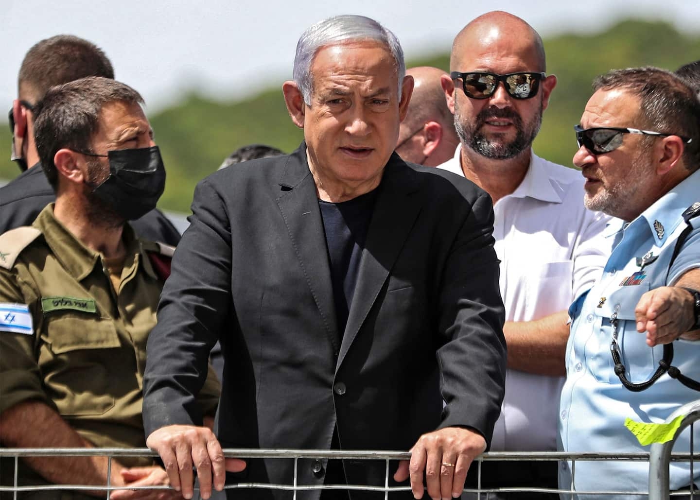 Israel's Netanyahu has hours to form a new government and no clear path to do it Photo
