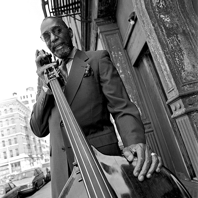 Happy 84th birthday to legendary jazz double bassist Ron Carter from all of us at 899 Jazz & More!