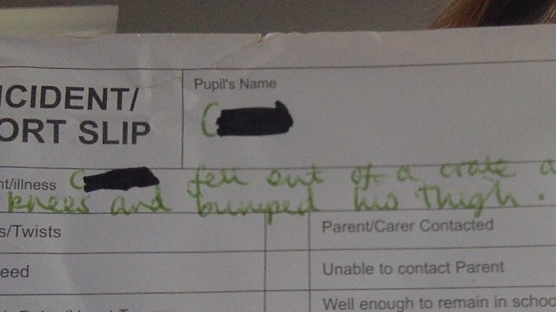 I'm going to start a collection of these accident slips. Last week's: '...fell out of a crate' ?! https://t.co/z4OmmkQ4YP