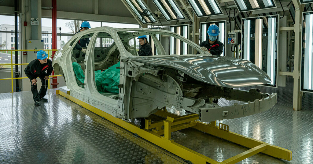 As Cars Go Electric, China Builds a Big Lead in Factories Photo