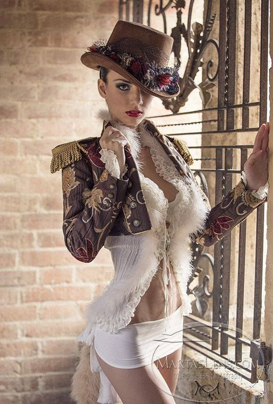 First erotic pick of the day: #steampunk #pinup #erotica