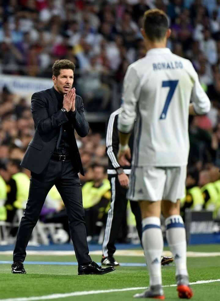 @Football__Tweet's photo on Champions League