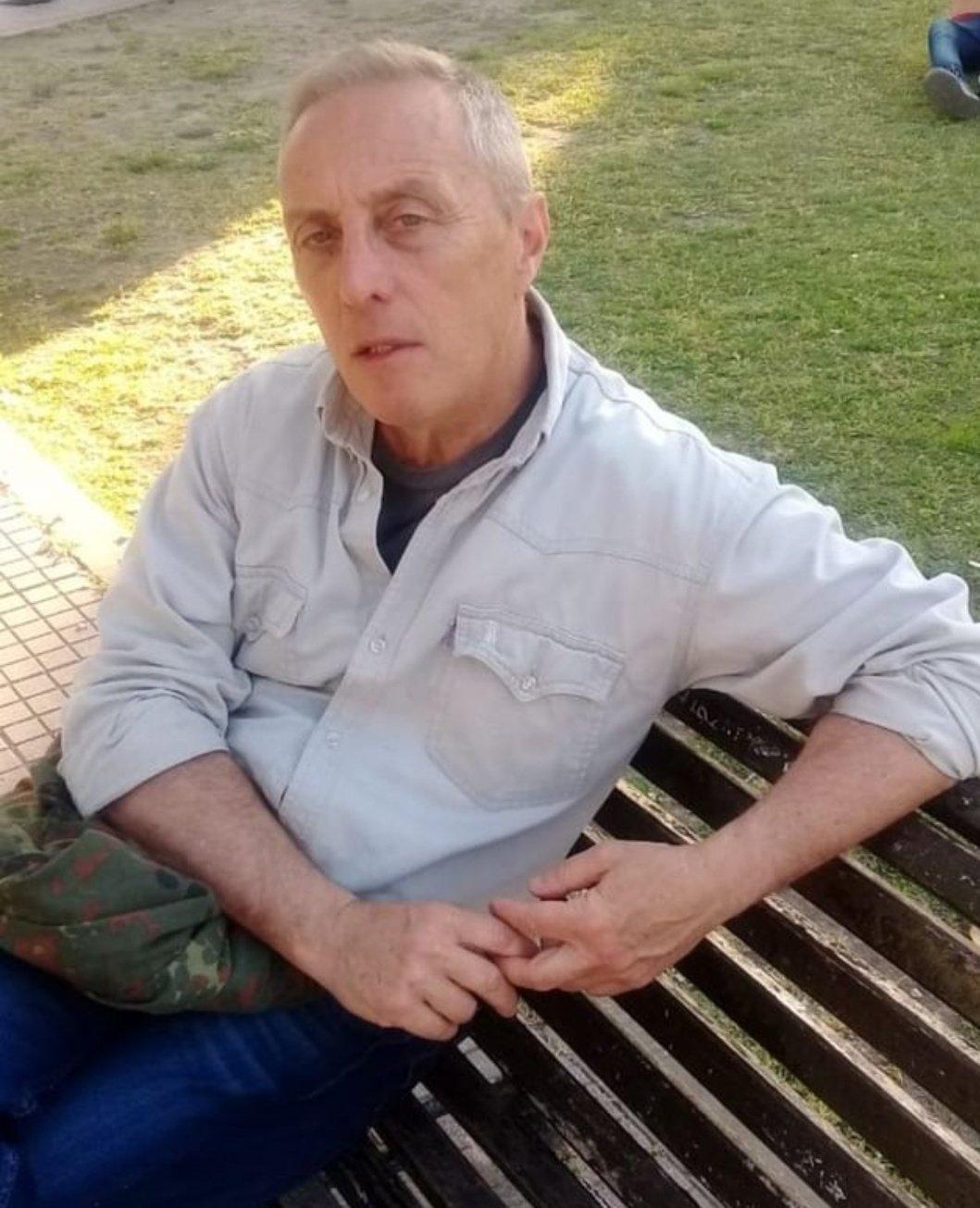 """🇫🇰 Marc 🇱🇸 on Twitter: """"Comunico el fallecimiento a los 60 años del  poeta identitario, pagano y rioplatense Juan Pablo Vitali. Un gran  referente personal, sus textos lo inmortalizan. https://t.co/z4hOivvy6y"""" /  Twitter"""