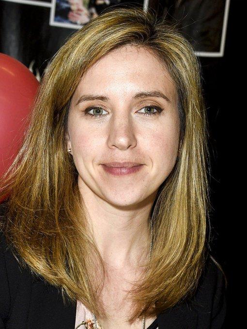 Happy 44th birthday to Emily Perkins.