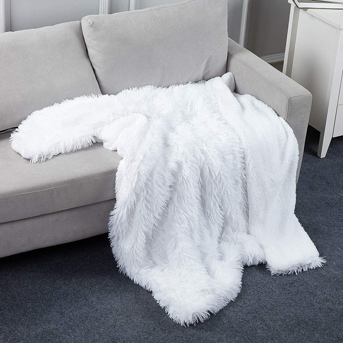 ad: $10  (50% off)  Faux Fur Shaggy Throw Blanket   Link0 Link0
