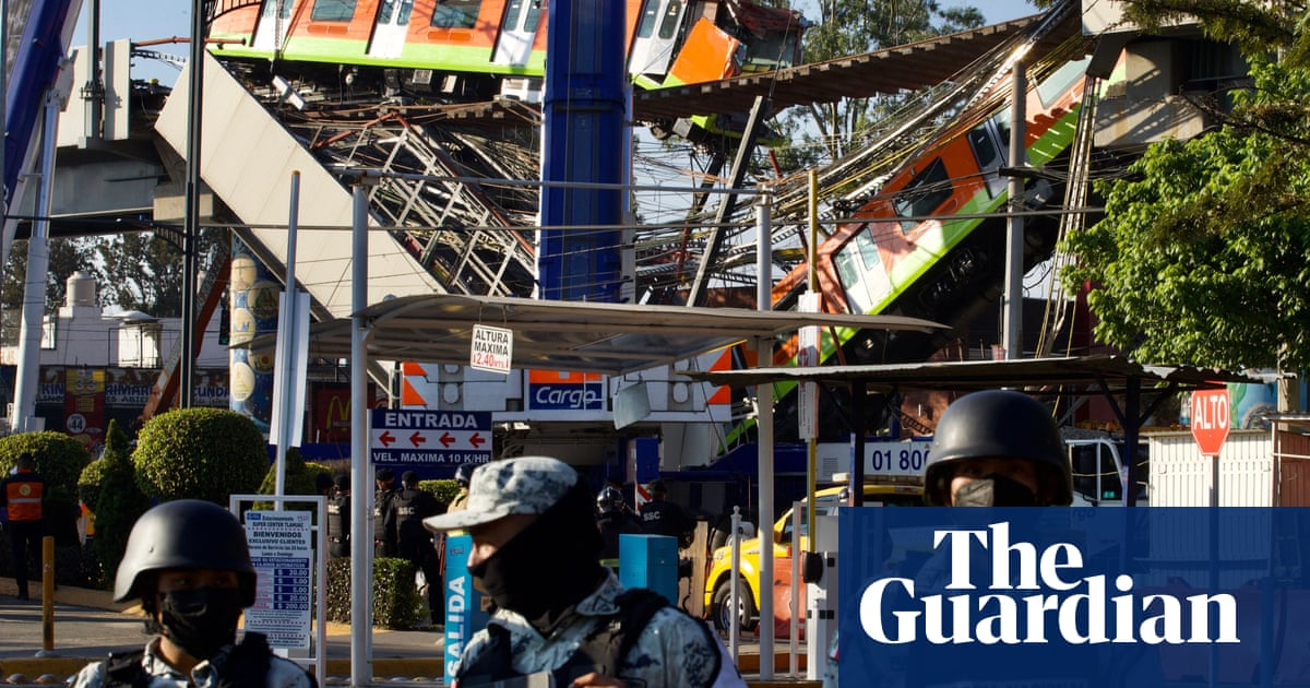 Anger mounts as death toll from Mexico metro overpass collapse rises to 24 Photo