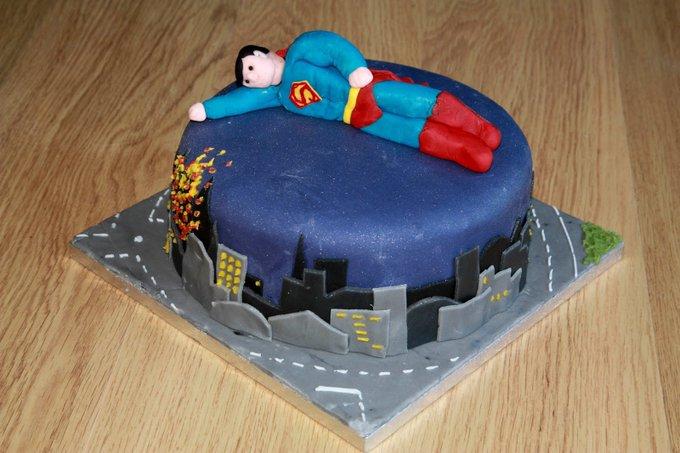 A very Happy Birthday to Henry Cavill