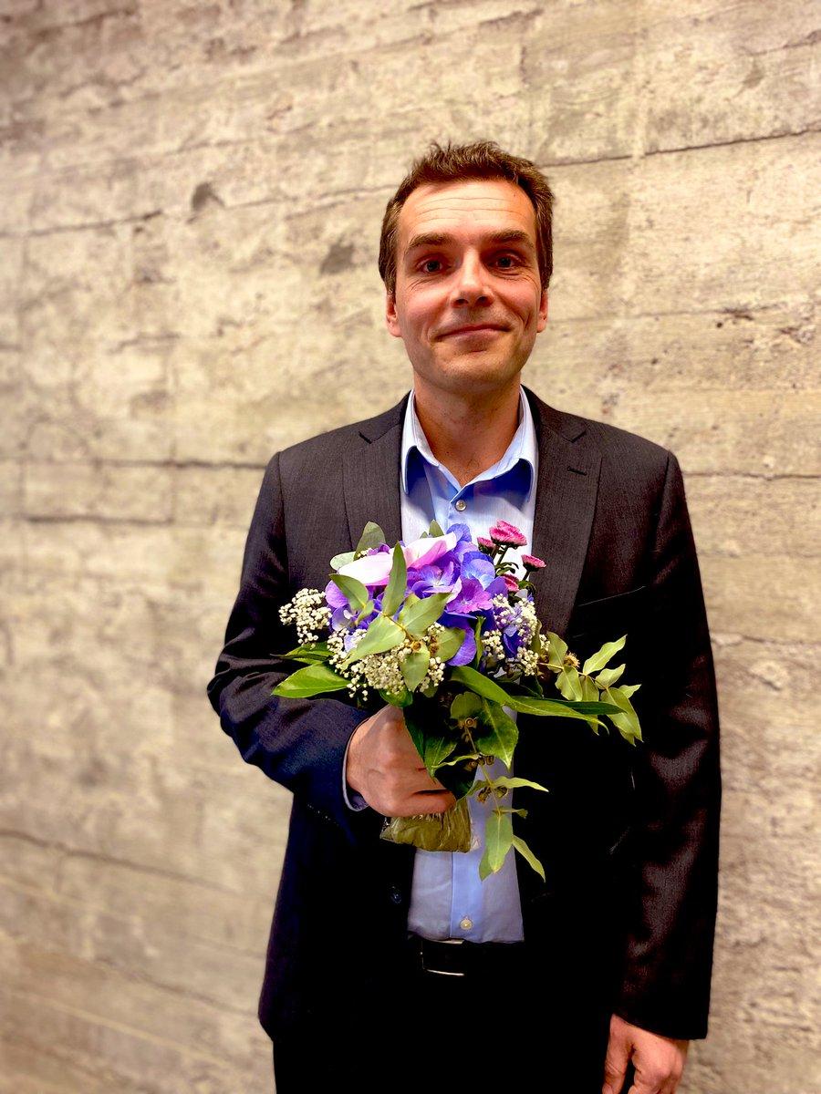 Vuoden Tietoturvapäällikkö on valittu!  TIVIA onnittelee voittajaa @samulibergstrom 👏  Lue tiedotteesta perustelut voittajan valinnalle ▶️ https://t.co/fkBYHZALMh
