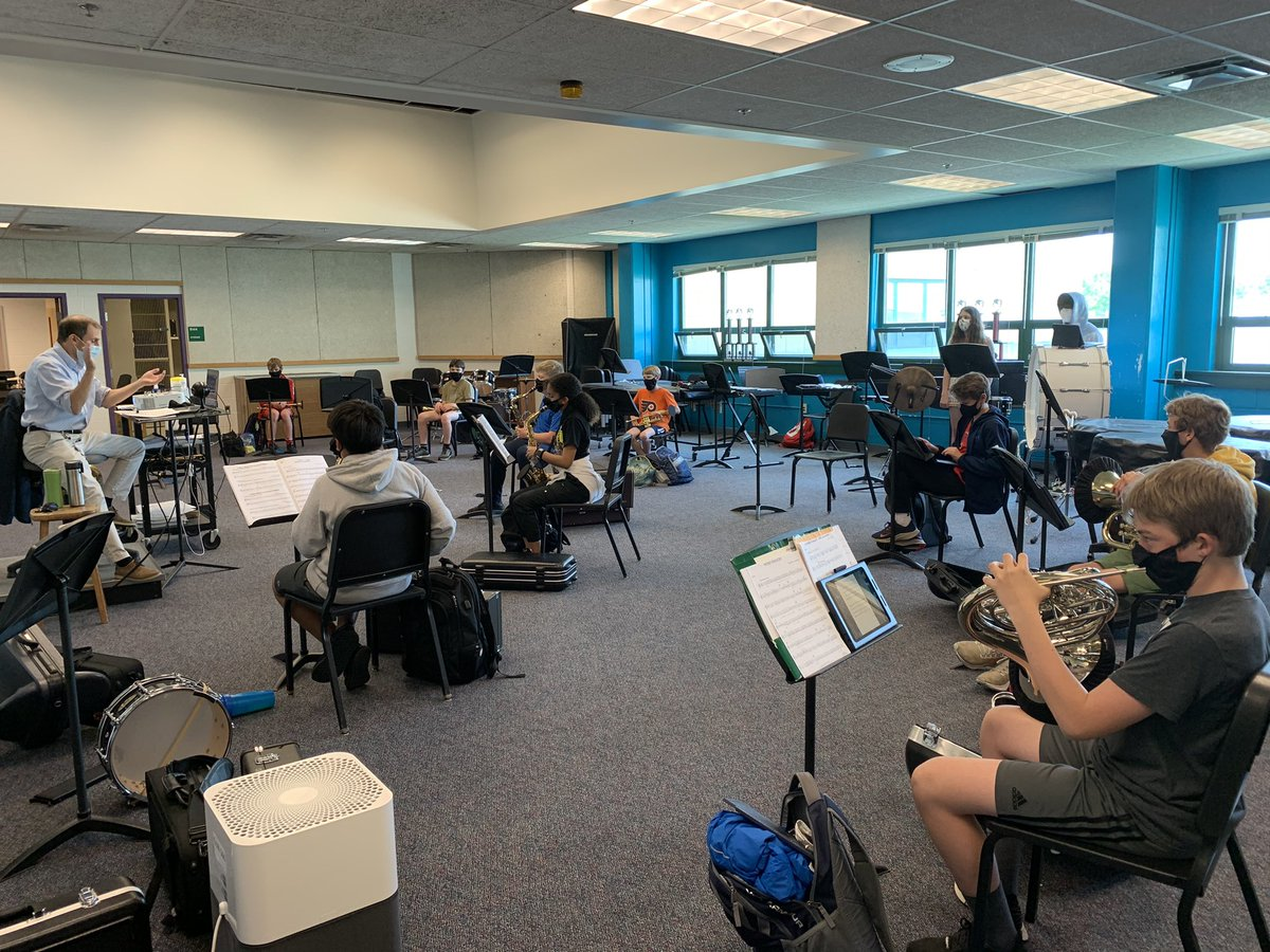 What is that I hear? Could it be student generated sound coming from the band room? YES, it is! <a target='_blank' href='http://search.twitter.com/search?q=Makingourwayback'><a target='_blank' href='https://twitter.com/hashtag/Makingourwayback?src=hash'>#Makingourwayback</a></a> <a target='_blank' href='http://search.twitter.com/search?q=GMSPride'><a target='_blank' href='https://twitter.com/hashtag/GMSPride?src=hash'>#GMSPride</a></a> <a target='_blank' href='https://t.co/cebT7EWT97'>https://t.co/cebT7EWT97</a>