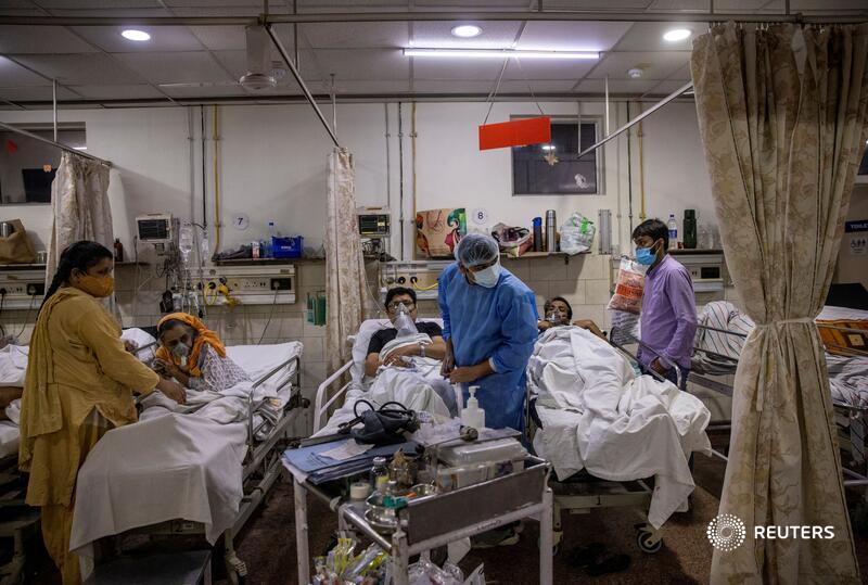 @dansiddiqui As India's healthcare system teeters on the verge of collapse during a brutal second COVID wave, there aren't enough beds, oxygen supplies or ventilators to keep everyone who arrives at the hospital's front gates alive https://t.co/qa7DyxBmMW