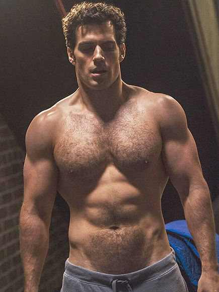 Happy birthday to the daddies of all superheroes, Henry Cavill!