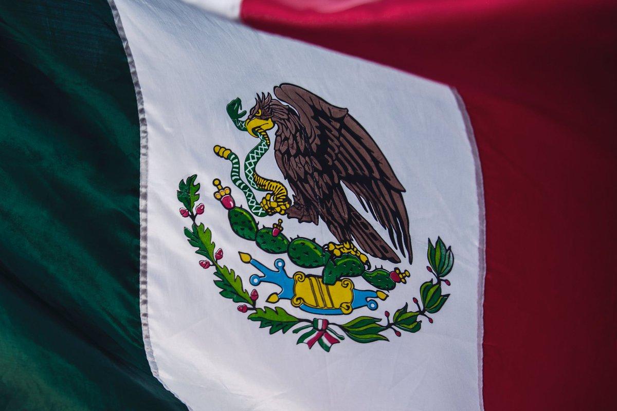 Feliz #CincodeMayo ! Үгүй ээ энэ бол Мексикийн тусгаар тогтнолын өдөр биш (16-р сарын 8), гэхдээ Мексикээс ирсэн цагаачид АНУ-ын түүх, соёлд хэрхэн нөлөөлснийг тэмдэглэх сайхан цаг үе байна. Унших: https://t.co/Cbm9p1m3v8 (Конгрессын номын сан). #VivaMexico https://t.co/9N1WyAmTxn