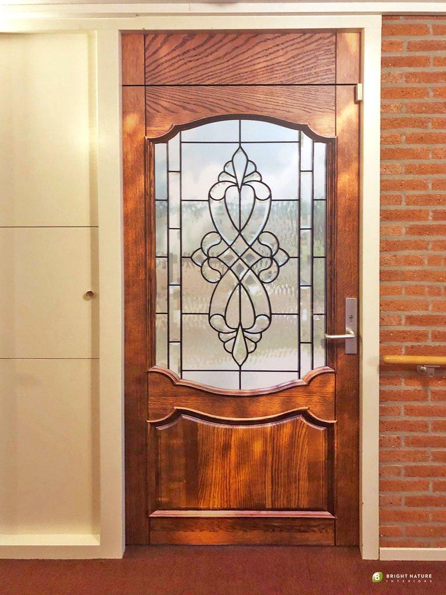 """test Twitter Media - """"Een deur die herinnert aan TOEN?  ..als sticker op je deur?  Bekijk alle deurposters die herinneren aan #TOEN in de stijlgids: https://t.co/G4ZCTuzxcy (En we hebben ook veel deuren van NU tegenwoordig, maar dat merk je wel als je de gids bekijkt) https://t.co/cnoqT2Uh0m"""