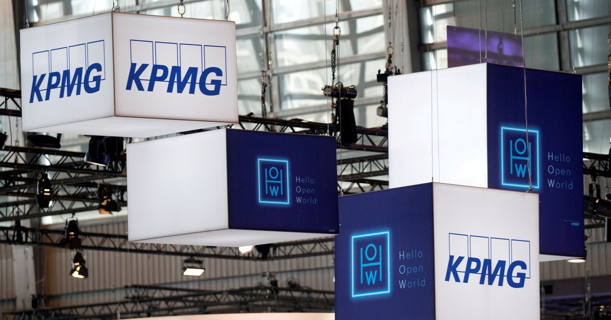KPMG UK staff to work in offices up to four days a fortnight from June https://t.co/gJUnk9EapC https://t.co/lx60RdlkIZ