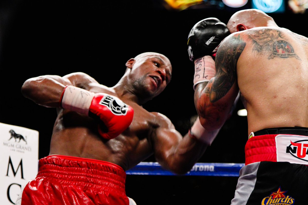 test Twitter Media - Which fight tops your list, #MayweatherCotto or #MayweatherDeLaHoya? 🥊   #OnThisDay in '07 @floydmayweather defeated Oscar De La Hoya in an explosive matchup, then a few yrs later in 2012 collected another W against Miguel Cotto in a full-on war and beautiful matchup of styles😤 https://t.co/uB3k2UvncC