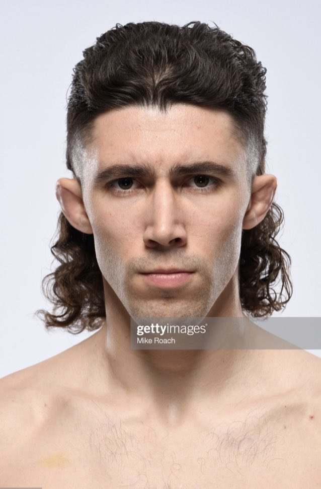 Mike Trizano with a GNARLY mullet. #UFCVegas26 https://t.co/KJKdRDll7S