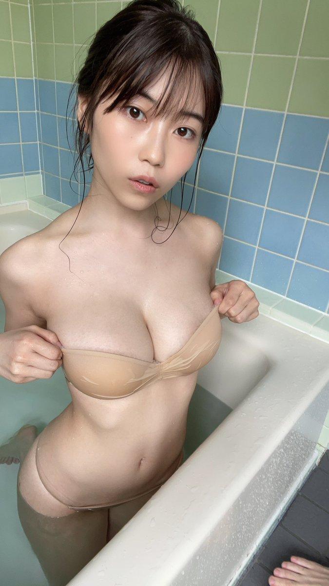 伊織いお 週プレキャンプ号発売中です! 1