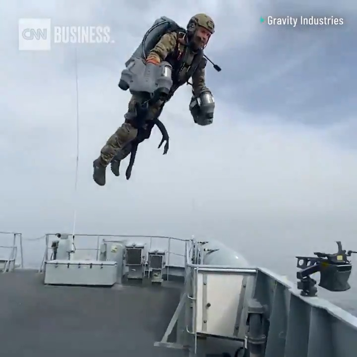 The British Royal Navy and Royal Marines have tested out a jet suit developed by the company Gravity Industries. Gravity says its suit can fly up to 80 mph and climb to 12,000 feet in the air. https://t.co/v46OFmysQX https://t.co/Y1ODrYsB8H