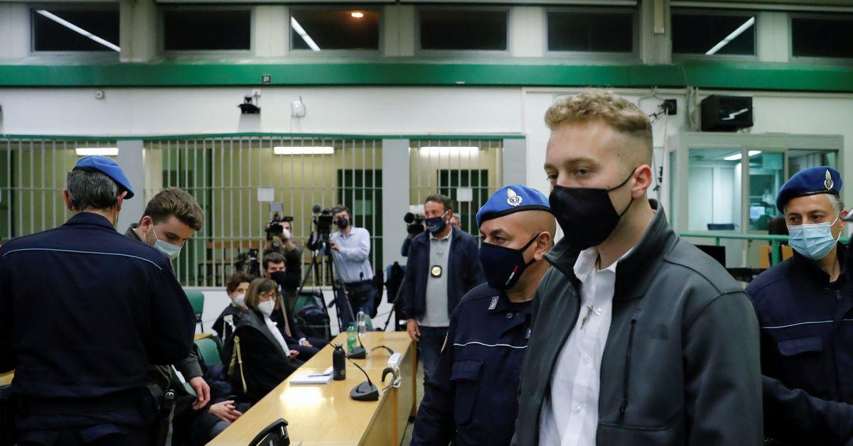 Italian court hands U.S. tourists life sentences for murdering policeman https://t.co/BBRG4VvDgn https://t.co/BTFb1Z5IDh