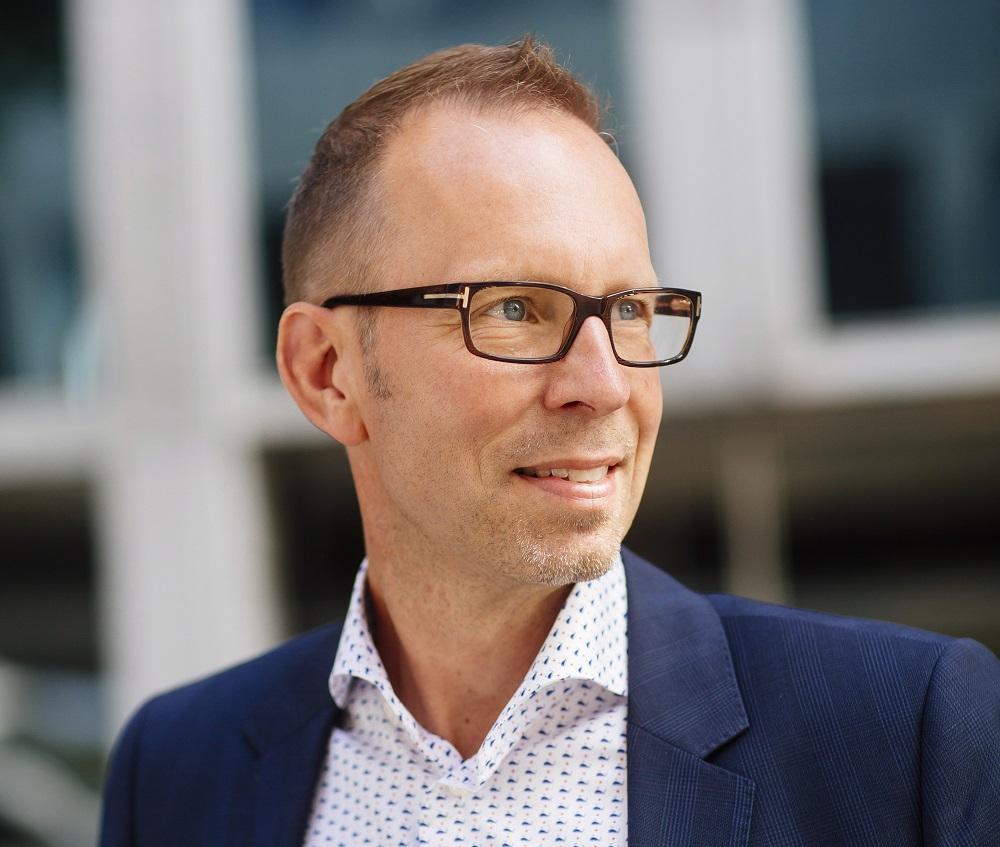 RT @MVarlden: Svensk Fastighetsförmedling rekryterar Mäklarhusets Erik Wikander - https://t.co/ghupYJis4F https://t.co/Dpt1t58Hes