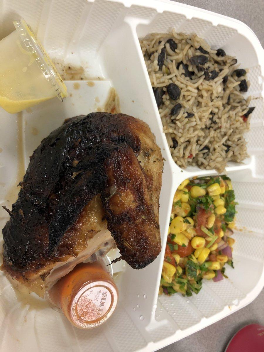 Obrigado  @BPTAE  para nossa apreciação almoço delicioso Professor de  @chicken_whiskey ! 🥰 TÃO BOOOOO !!!!!! #kwbpride https://t.co/8sFtb5Nlob