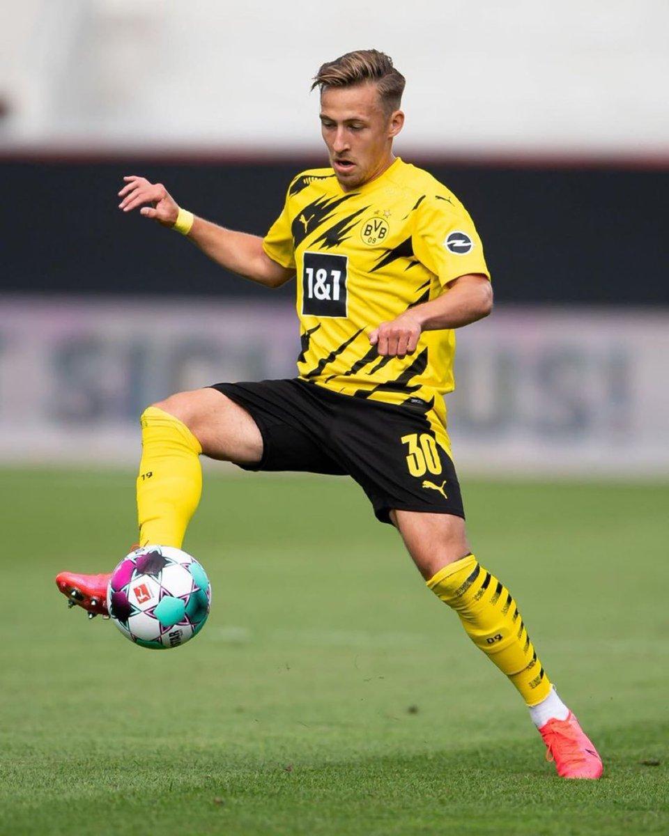 رياضة نادي بوروسيا دورتموند أعلن تمديد تعاقده مع اللاعب فيليكس باسلاك حتى عام 2023 🇩🇪️