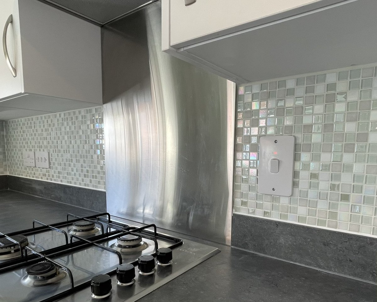 Some mosaic tiling in a #kitchen that we finished of with the grouting today.