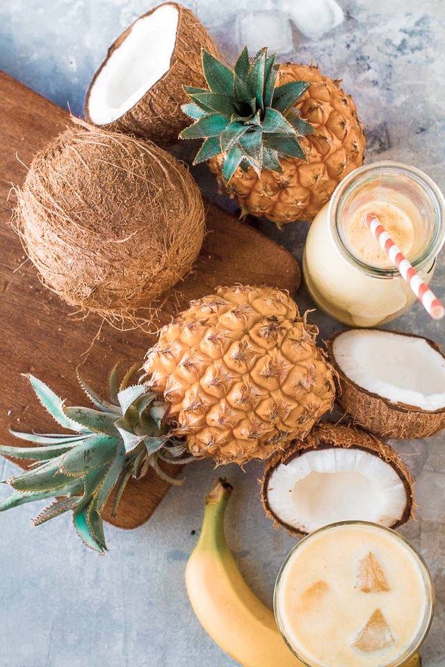 Pineapples and coconuts 🥥🍍 both things that we are eager to incorporate into our menu to make it interesting, local, and healthy with great tropic flavours! #belize #cafe #food #drinks #smoothies #juices #sanignacio #thespot #foodie https://t.co/syr070tN07