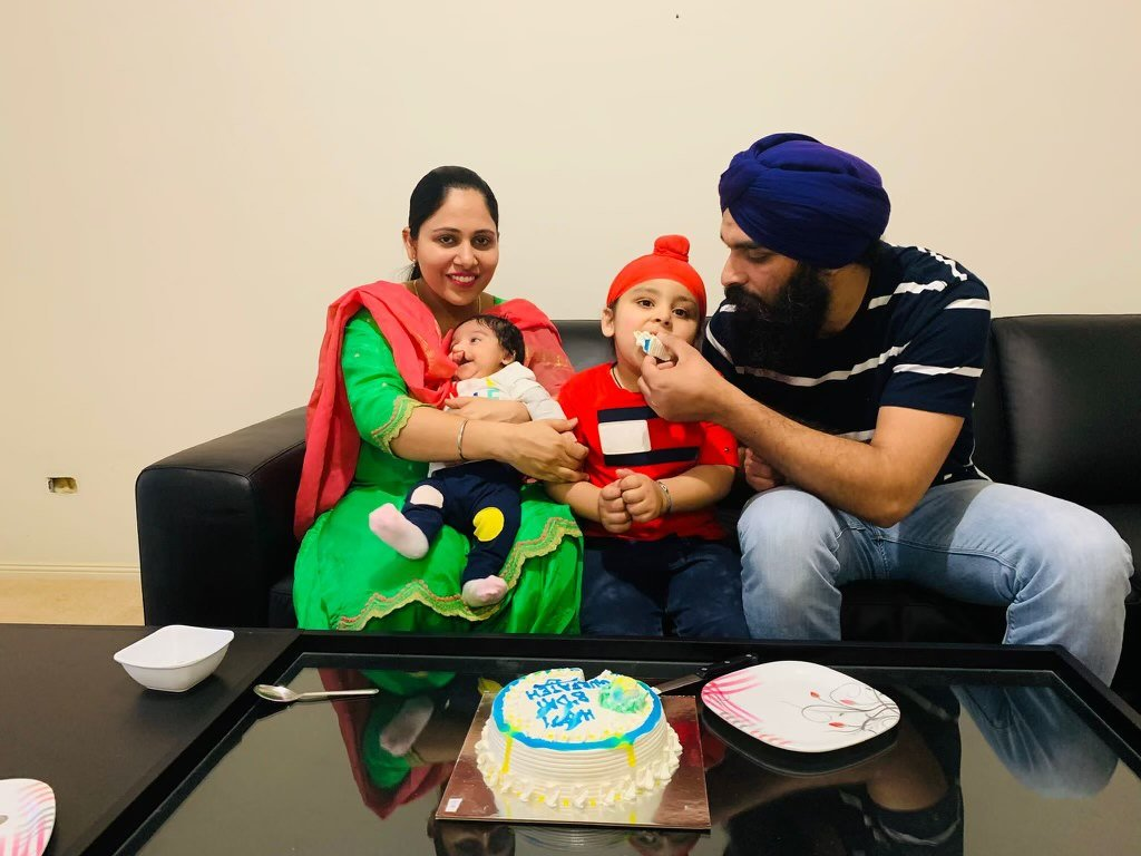 As a parent, I can't imagine what it is like to be separated from your child, let alone during a pandemic.  Harjinder is desperate to be reunited with his son who is stuck in India. I can't wait for the pic of this family when they get reunited. #auspol https://t.co/cDxouKx54X