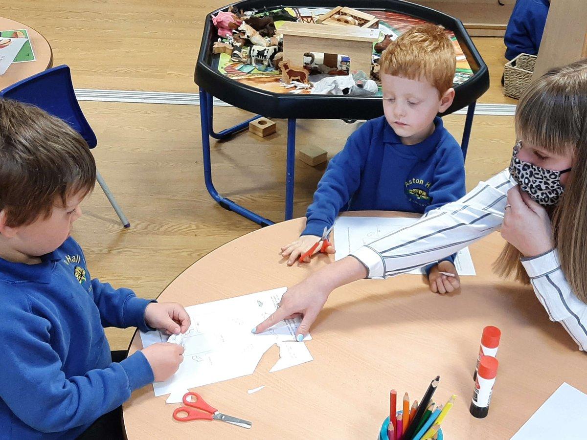 astonhallschool photo