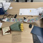 Happy birthday to Caroline Orange! 🎉 Caroline is our QS on a Torsion Homes site in Hipperholme, Halifax where the team have decorated her desk! Enjoy those Thornton shortcake bites and have a lovely day Caroline! 🥳#TeamTorsion