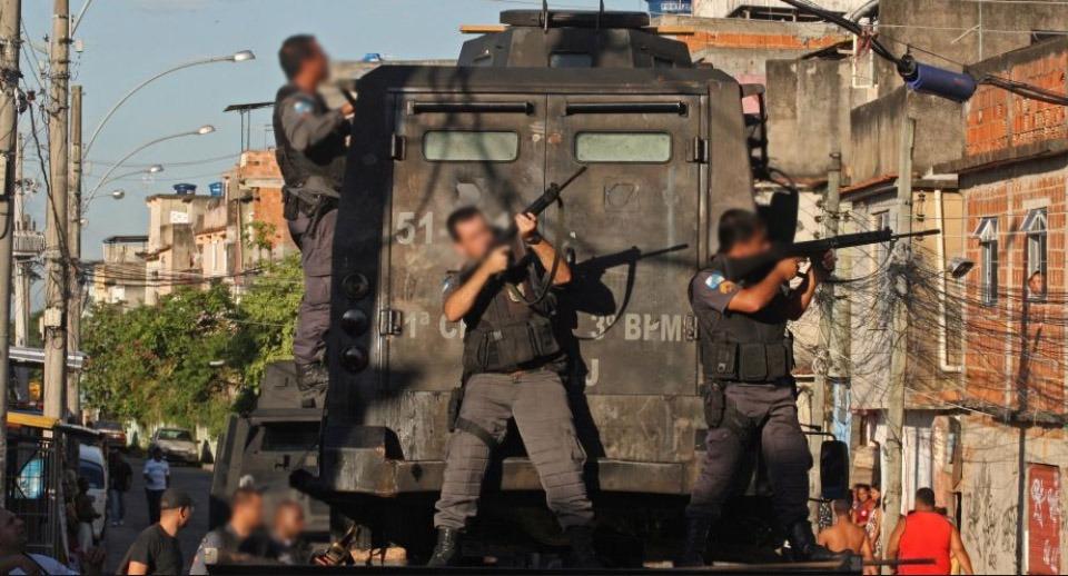 Máquina que mata pretos e pobres é a única instituição brasileira funcionando, diz analista https://t.co/nM4ysowqBO
