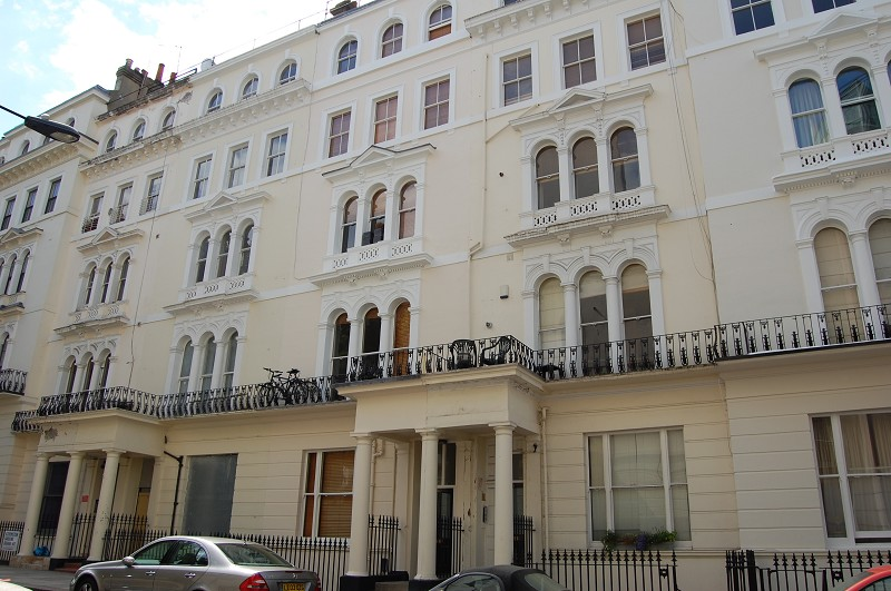 NEW: Kensington Gardens Square #NottingHill #Bayswater. Flat - 1 bed £315.00 pwk https://t.co/sRh2OhpuDp https://t.co/xLEmGIMxcd